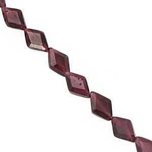 40cts Red Garnet Straight Drill Faceted Fancy Marquise Approx 5.5x4 to 8.5x5mm, 31cm Strand