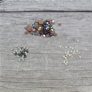 Hot Topic; Selection of Hot Fix Flat Backs & Pearls from 2.8 - 7.1mm