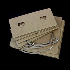 Kraft Cube & Heart Sleeve With Cord 80x80mm 5pk