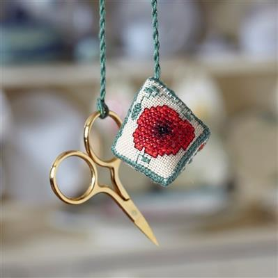 Poppy Wildflower Watbo/Poppy, on linen. Includes the Gold Plated Chatelaine Scissors