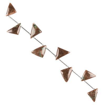 65cts Garnet Graduated Plain Triangles Approx 13x12 to 15x12mm, 12cm Strand.