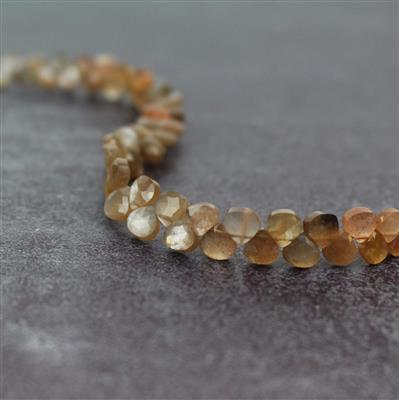 38cts Peach Moonstone Graduated Faceted Flat Drops Approx 4 to 6mm, 18cm Strand.