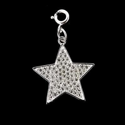 925 Sterling Silver Star Charm Approx 18mm Inc. 0.50cts White Topaz.