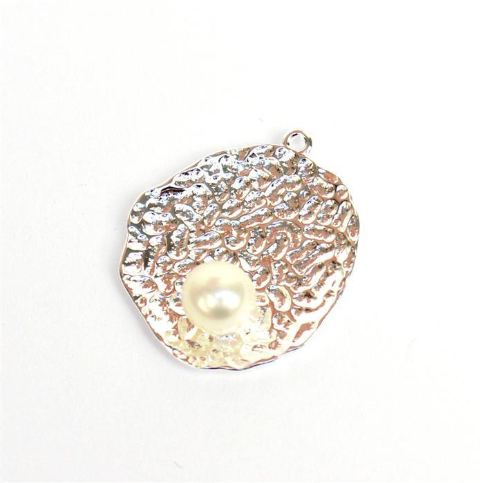 925 Sterling Silver Hammered Pendant With Freshwater Pearl Approx 18x15mm