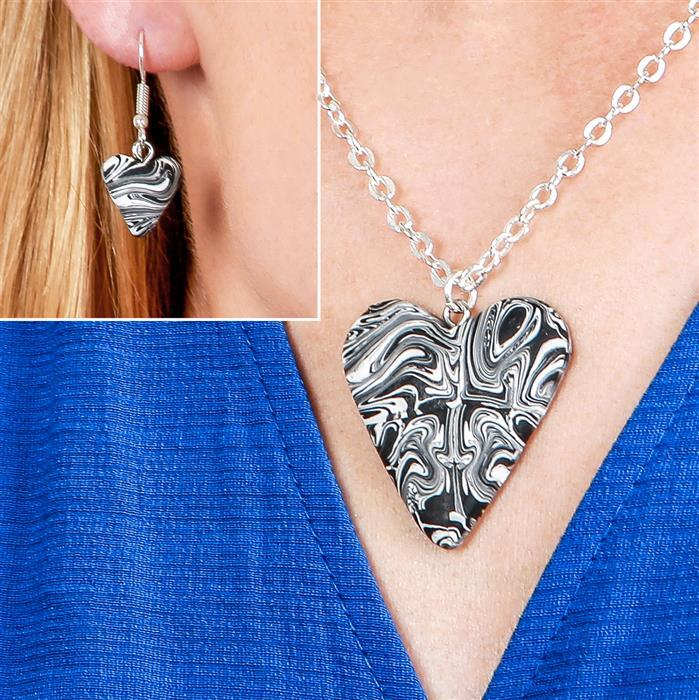 "src=""http://www.jewellerymaker.com/images/products/700/GEGC17_3.jpg"" /></a></div><div class=""easyzoom easyzoom--overlay""><a href=""http://www.jewellerymaker.com/images/products/1200/GEGC17_4.jpg""><img class=""product-img"" itemprop=""image""alt="
