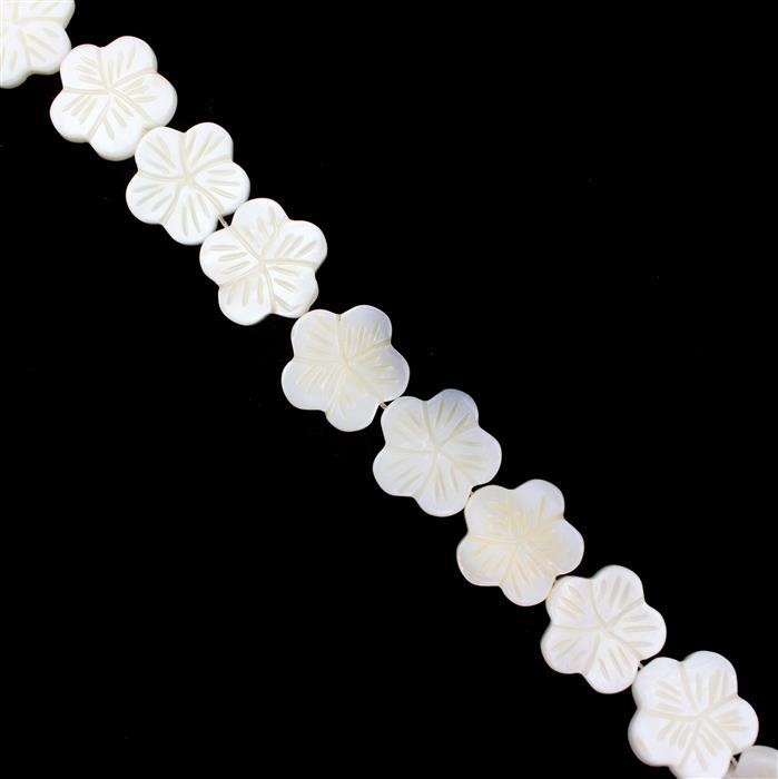 White Shell Carved Flower Approx 17mm, 38cm