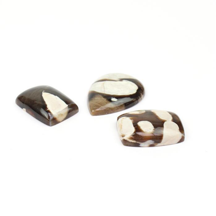 40cts Peanut Wood Jasper Inc. 2x Cushions and 1x Pear Cabochons.