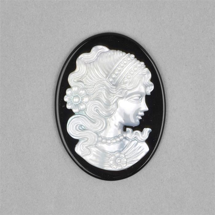 30cts Black Agate & Mother of Pearl Cameo Approx 30x40mm