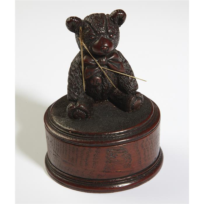 Magnetic Teddy Needlebox