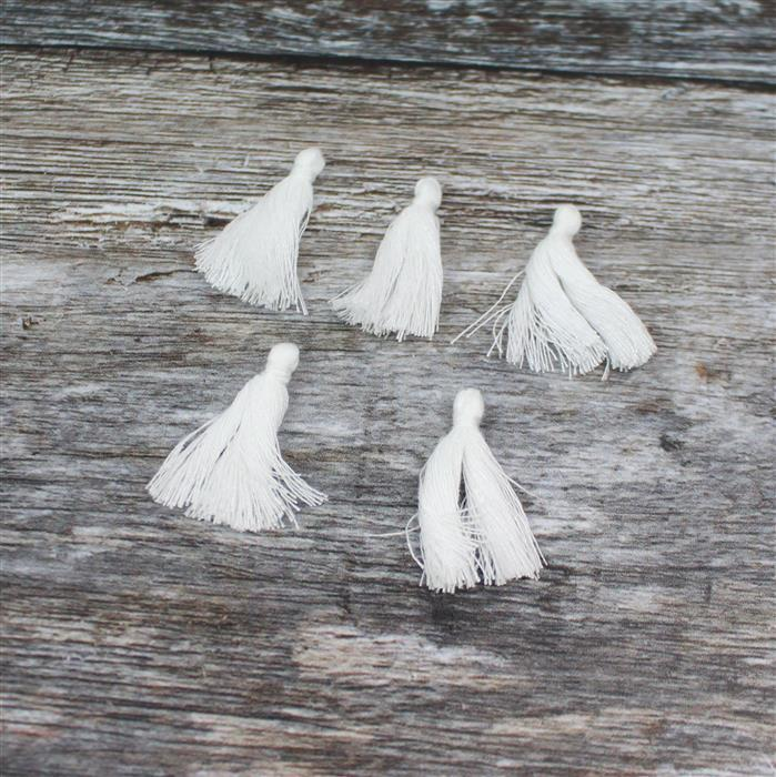 White Tassels Approx 28mm , 5pk