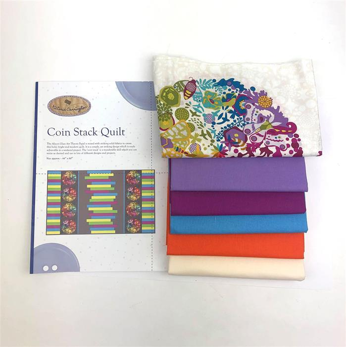 Victoria Carrington's Remix Cream Quilt Kit: Fabric Panel, Fabric (3m) & Instructions