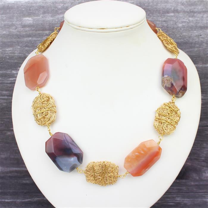 Autumn Hues; 660cts Red Agate Faceted Slabs, Swarovski Drops, Squares & Cushions 5pcs & Wire