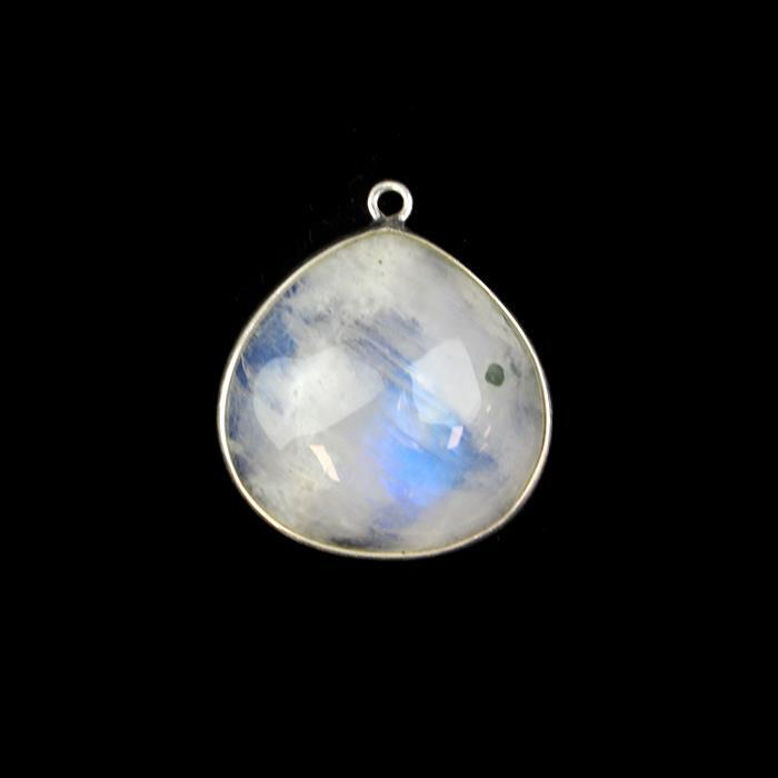 925 Sterling Silver Pendant Approx 24x21mm Inc. 15cts Rainbow Moonstone Pear Cabochon Approx 20mm